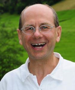 Adesh Widmer aus Zürich